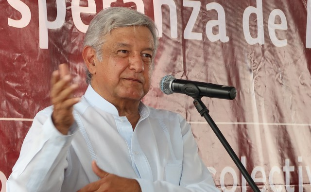 https://paginabierta.mx/wp-content/uploads/2016/10/26amlo1-1-1.jpg
