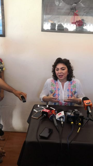 Ivonne Ortega, firme en la contienda por el CEN del PRI