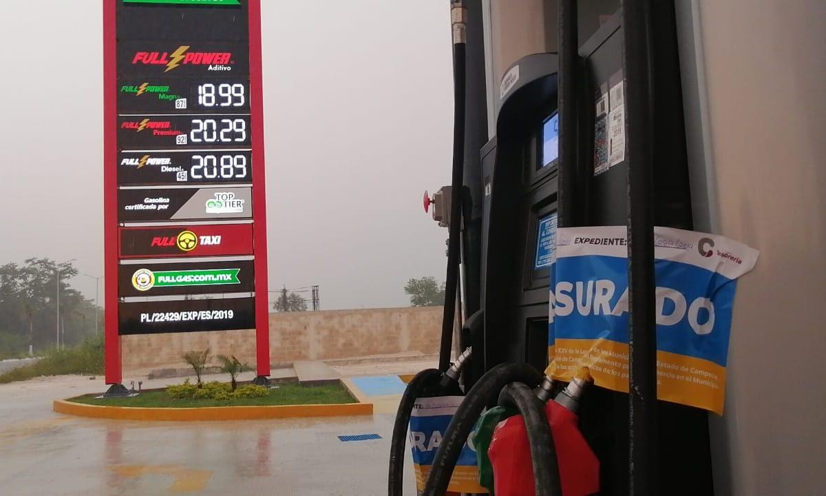 Ayuntamiento clausura gasolinera que daba servicio sin la licencia